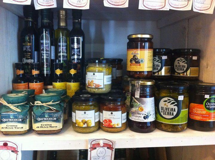 Din nou in stoc toata gama de ulei bio de masline Quattrociocchi, cel mai premiat ulei bio de masline din lume!